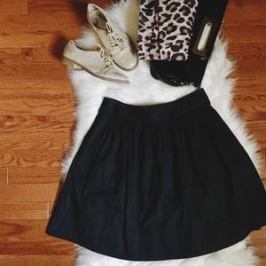 Banana Republic Skirts - Banana Republic Casual A Line Skirt Size 2 Black